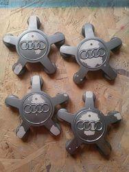 Продам Оригінальні колпачки на литі диски Audi.