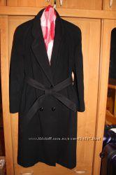 Стильное демисезонное пальто C&A