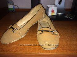 Продам школьные туфельки для девочки
