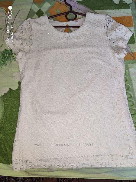 Продам наши школьные блузочки на 12-13 лет