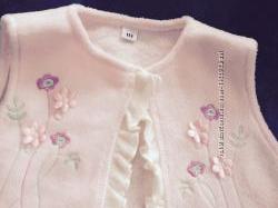 Тепленький нежно розовый костюмчик для малышки