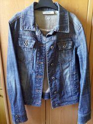 Джинсовая курточка Mango женская размер S