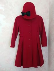 Продам красное пальто Джимбори 7-8лет