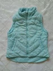 Продам жилет-курточку 4-5 лет H&M