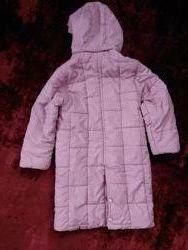 Продам пальто на девочку 5-6 лет
