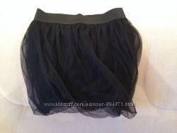 OGGI  новая гипюровая  юбка . р 40