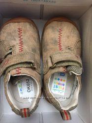 Clarcs новые ботинки  р 20, 5 стелька 13 , 5 см Оригинал.
