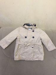 Zara утеплённый плащ с капюшоном на 2-3 года