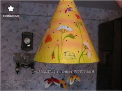 Оригинальный светильник для детской комнаты.
