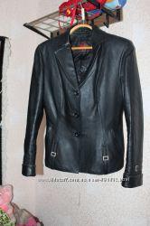 Классический черный кожаный пиджак куртка
