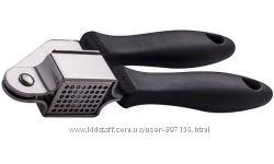 Пресс для чеснока Fiskars Kitchen Smart 1002878838064
