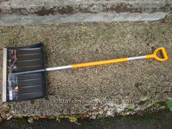 Лопата для уборки снега облегченная 1430011003469