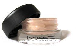Стойкие кремовые тени MAC Paint Pot