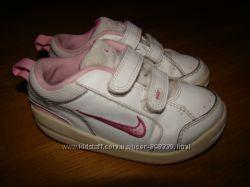 Кроссовки Nike оригинал  р. 8 на 25. 5 , 15. 8 см по стельке натуральная кожа