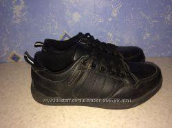 кожаные кроссовки  Marks & Spencer