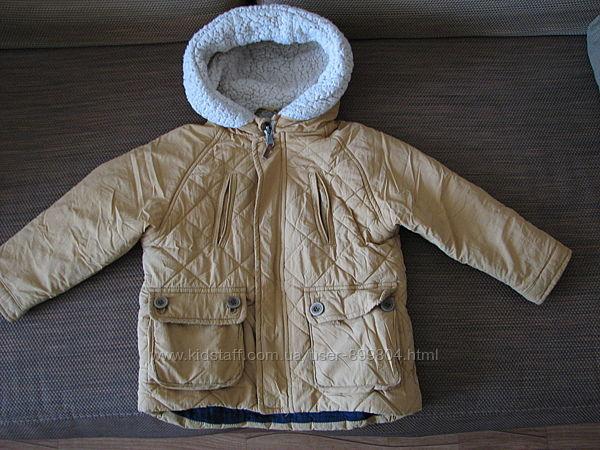 Курточка Zara 98р. на мальчика 3-4 года