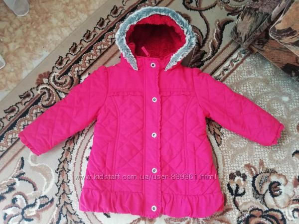 Теплая и красивая курточка 98-104р
