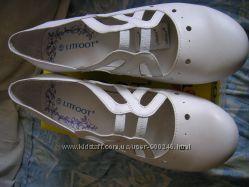 Туфли белые на танкетке р. 41 стелька 25, 5 новые