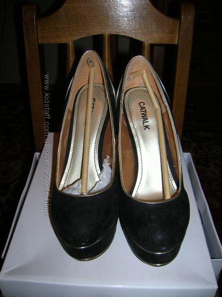 Туфли шикарные CATWALK р.38 на платформе нат. замша и кожа