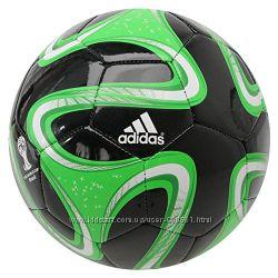 Мяч футбольный Adidas Brazuca Glider S04469. оригинал. Более 1400 отзывов.