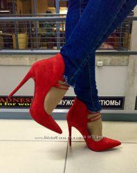 Стильные туфли на завязках, замш