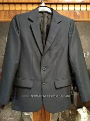 синий школьный пиджак