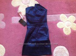 Продам вечернее платье для девочки р. 146-152