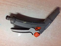 Пистолет-наконечник для полива  Gardena