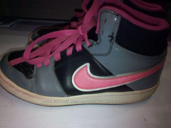 Кроссовки кожаные Nike оригинал