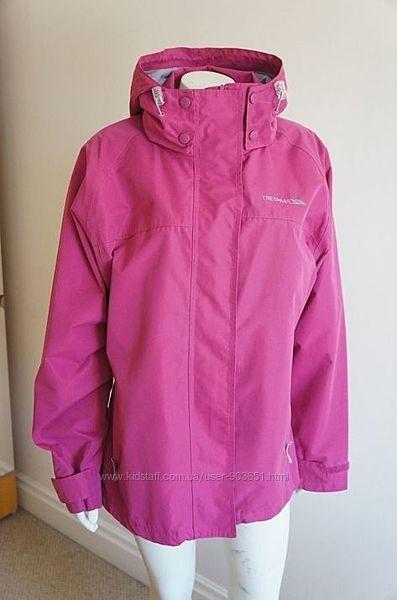 Продам женскую куртку ветро- и водонепроницаемую фирмы Trespass