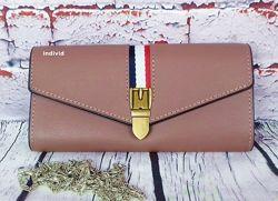 Женское портмоне клатч на цепочке. длинный розовый кошелек женский бумажник