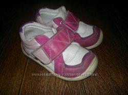 Кожаные ортопедические кроссовки для девочки Kemal Pafi