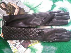 Высокие кожаные перчатки Moschino оригинал