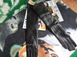 Высокие кожаные перчатки Prada