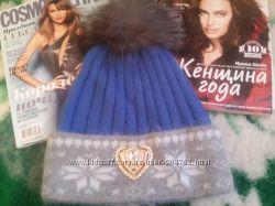 Невероятно теплая шапка Moschino