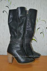 Зимние кожаные сапоги европейка