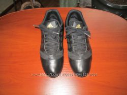 Фирменные кроссовки Adidas в отличном состоянии