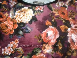 Красивое макси платье с цветочным принтом .