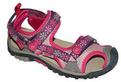 Летние открытые сандалии с прорезиненным носком