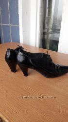 Женские кожаные туфли 40р