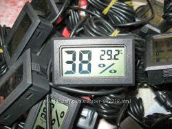Гигрометр-термометр с выносным датчиком.