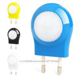 Волшебный LED ночник. Автоматическое вклвыкл, компактный, без батареек.