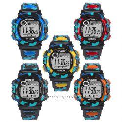 Наручные подростковые электронные спортивные часы  детские.