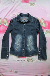 Джинсовая рубашка р. XS, S Gloria Jeans