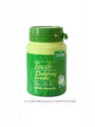 Отбеливающий зубной порошок на основе тайских трав.