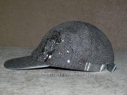 Береты, шапки, кепи.