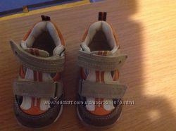 Продам кроссовки Bobbi shoes