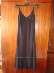 Черное платье на тонких бретелях, р. 8, S Marks&Spencer, бу