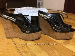 Босоножки сандалии Luciano Carvari размер 38