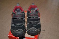 Продам бу кроссовки superfit 21 размера